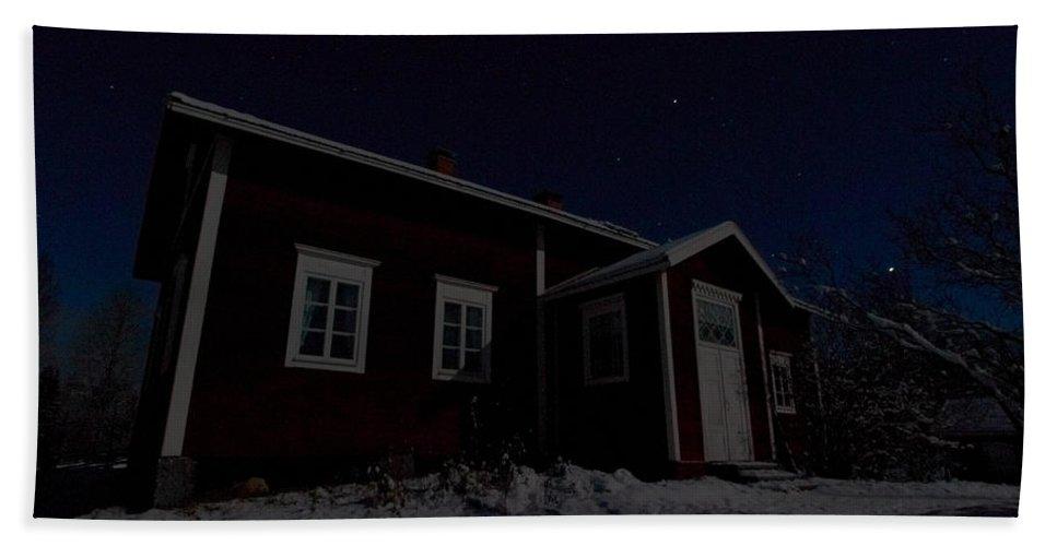 Lehtokukka Hand Towel featuring the photograph First Snow In Kovero by Jouko Lehto