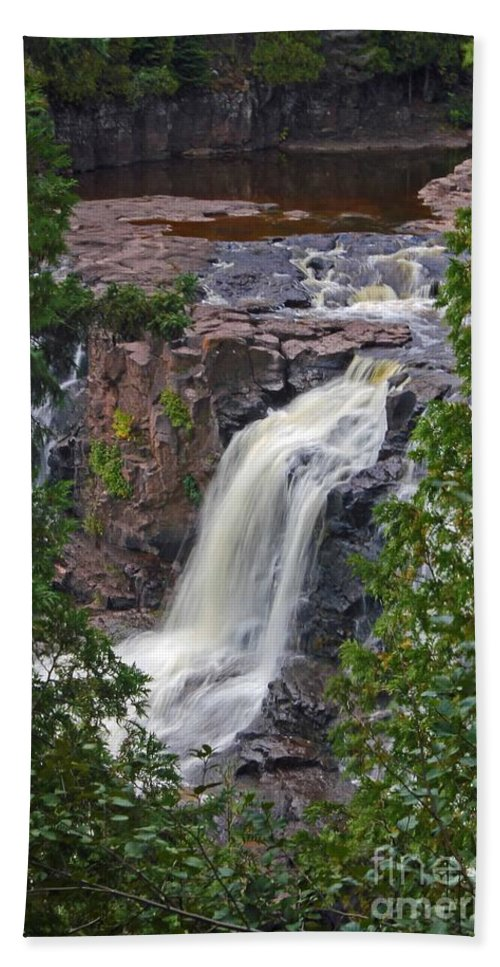 Gooseberry Falls Bath Towel featuring the photograph Gooseberry Falls by Stephanie Hanson