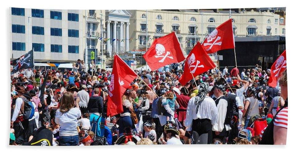 Hastings Hand Towel featuring the photograph Hastings Pirate Day by David Fowler