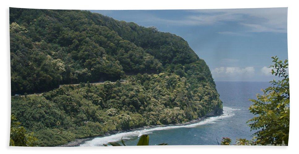Aloha Hand Towel featuring the photograph Honomanu - Highway To Heaven - Road To Hana Maui Hawaii by Sharon Mau