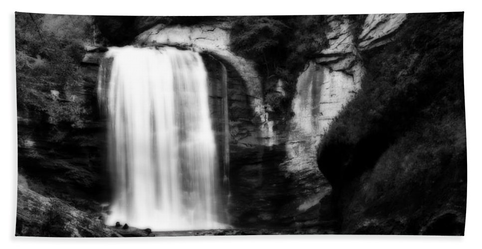Looking Glass Falls Bath Sheet featuring the photograph Looking Glass Falls by Steven Richardson