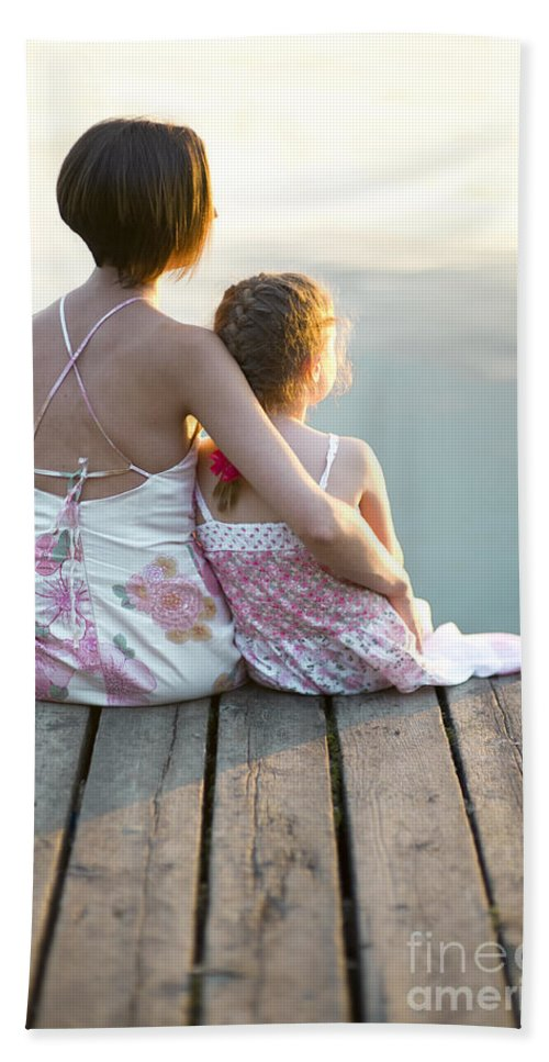 Mother Hand Towel featuring the photograph Mother And Daughter On A Wooden Board Walk by Lee Avison