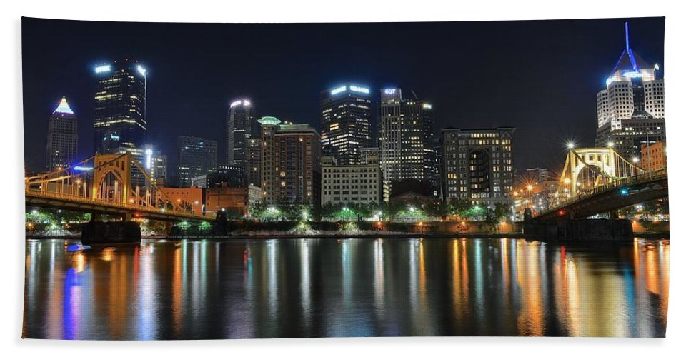 Pittsburgh Hand Towel featuring the photograph Pittsburgh Panorama by Frozen in Time Fine Art Photography