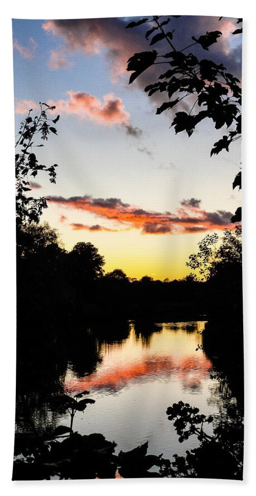 Blue Hand Towel featuring the photograph River Sunset by Mark Llewellyn