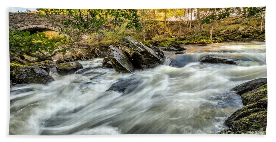 Waterscape Hand Towel featuring the photograph Rocky River by Adrian Evans
