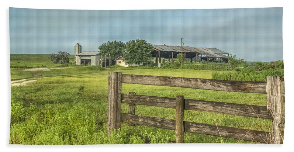 Florida Bath Sheet featuring the photograph Rural Farm by Jane Luxton