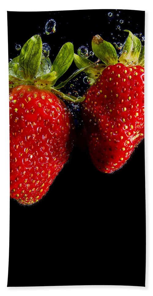 Fruit Bath Sheet featuring the photograph Splash Strawberry by Paulo Goncalves