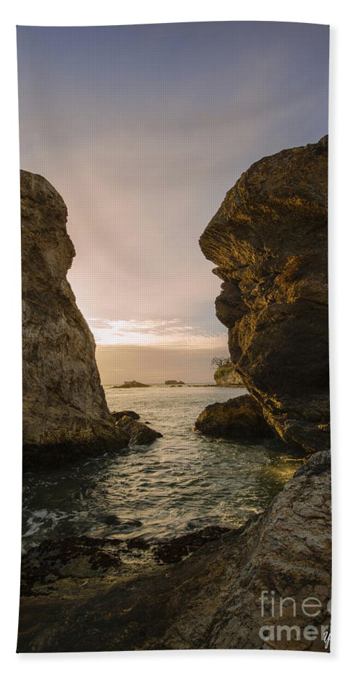 Sunset At Pismo Beach Hand Towel featuring the photograph Sunset At Pismo Beach by Yefim Bam