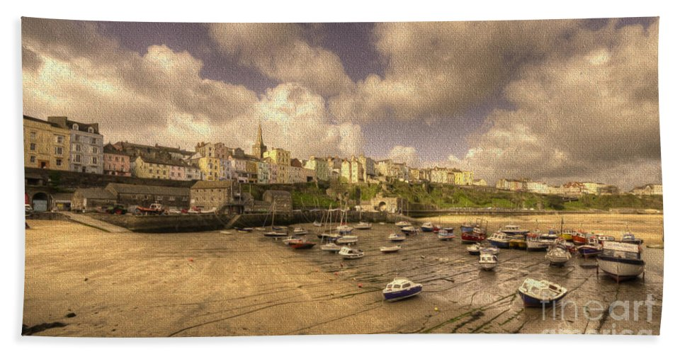 Tenby Hand Towel featuring the photograph The Harbour At Tenby by Rob Hawkins