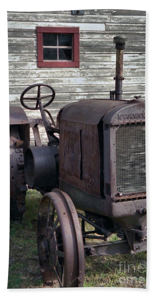 Farm Tractor Bath Sheet featuring the photograph The Old Mule by Richard Rizzo