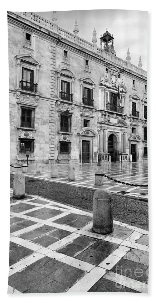 Monochrome Bath Towel featuring the photograph The Royal Chancery Of Granada by Guido Montanes Castillo