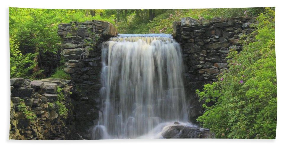 Fineartamerica Hand Towel featuring the photograph Water Fall Moore State Park by Michael Saunders