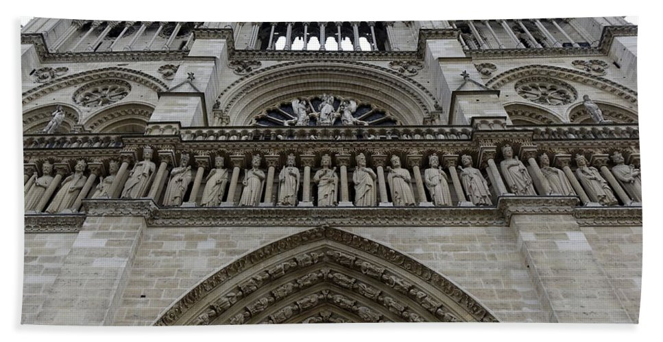 Paris Bath Sheet featuring the photograph Notre Dame In Paris France by Richard Rosenshein