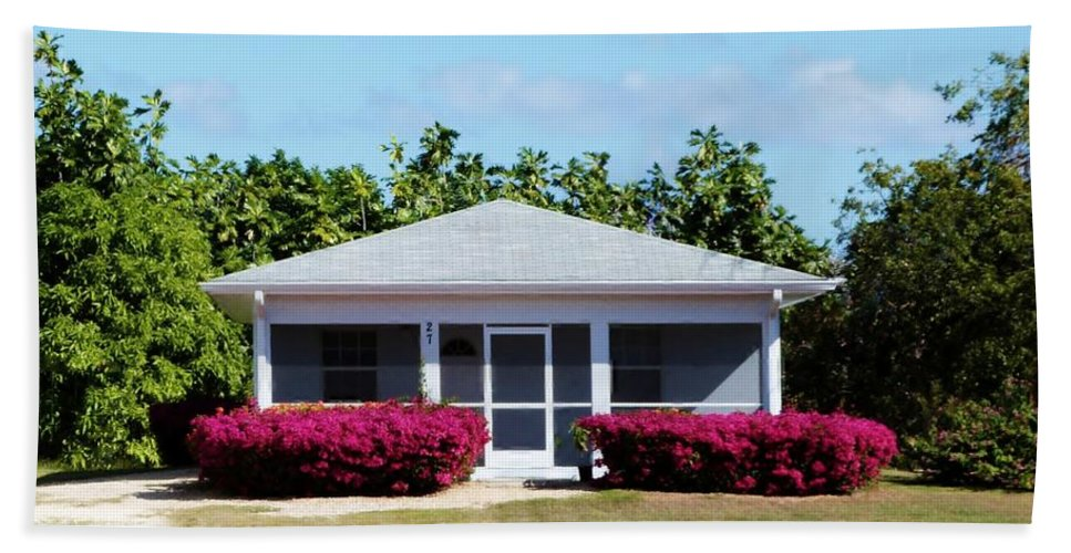 Picturesque Cozy Island Cottage Bath Sheet featuring the photograph 27 Cottage by Amar Sheow