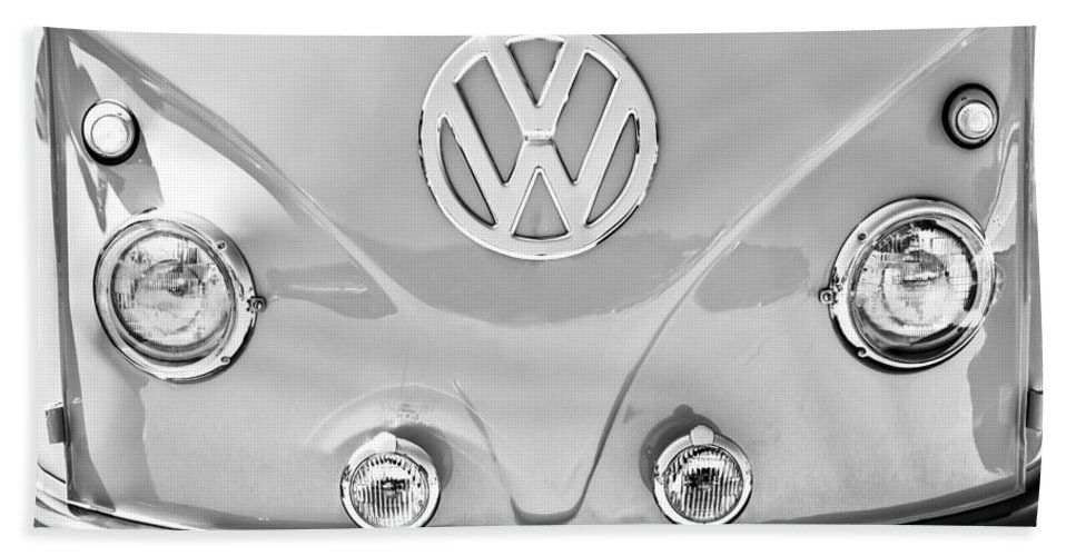 1959 Volkswagen Vw Panel Delivery Van Emblem Bath Sheet featuring the photograph 1959 Volkswagen Vw Panel Delivery Van Emblem by Jill Reger