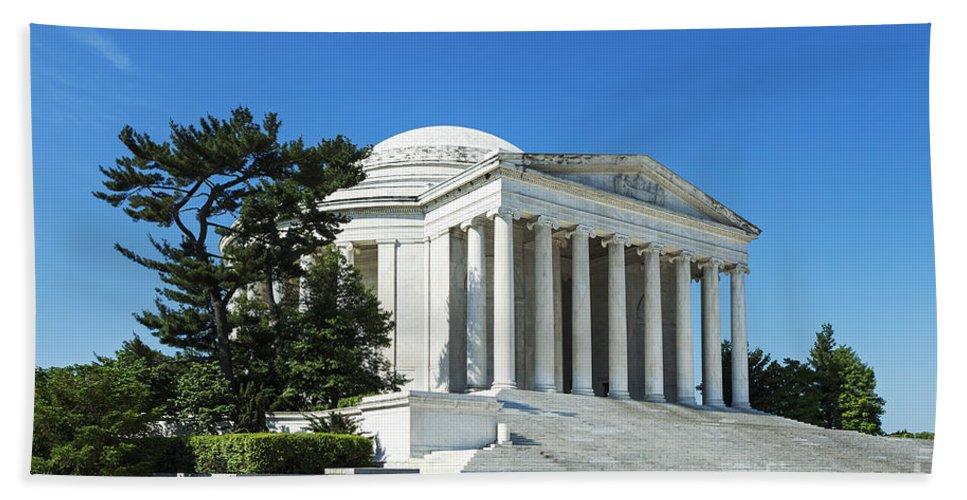 Jefferson Memorial Hand Towel featuring the photograph Jefferson Memorial by John Greim