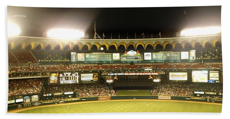Old Busch Stadium Bath Sheet featuring the photograph Moon In The Arches by Kelly Awad