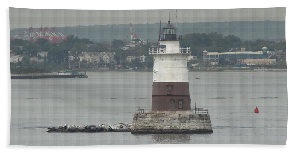 Lighthouse Hand Towel featuring the photograph Robbins Reef Lighthouse by Christiane Schulze Art And Photography