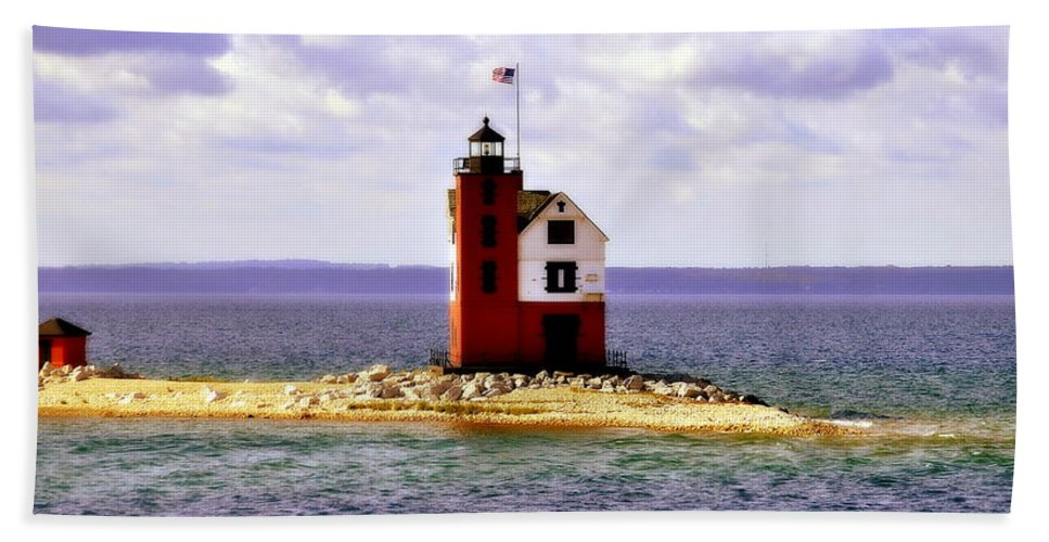 Gifts For Light House Lovers Bath Sheet featuring the photograph Round Island Lighthouse Straits Of Mackinac Michigan by Marysue Ryan