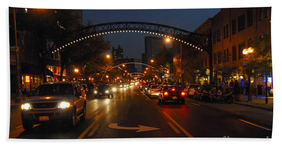 Short North Hand Towel featuring the photograph D8l-152 Short North Gallery Hop Photo by Ohio Stock Photography