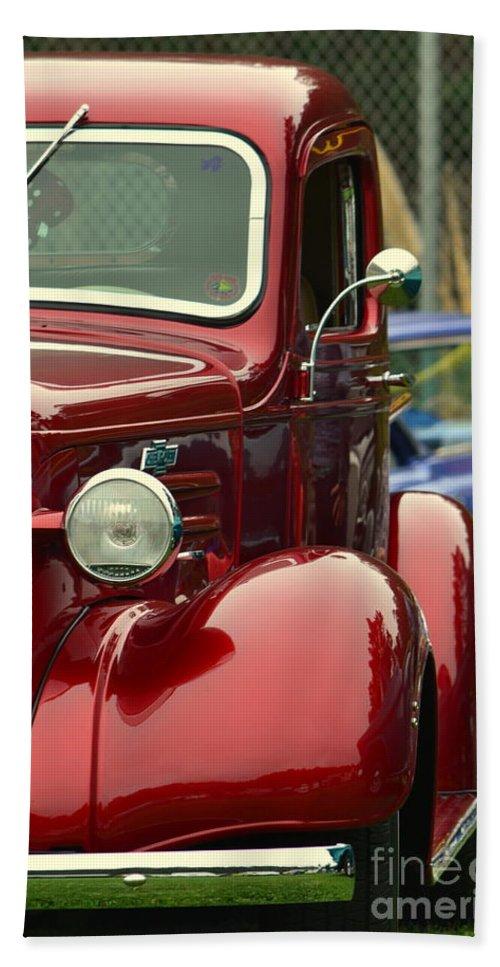 Red Bath Sheet featuring the photograph Terra Nova Hs Car Show by Dean Ferreira