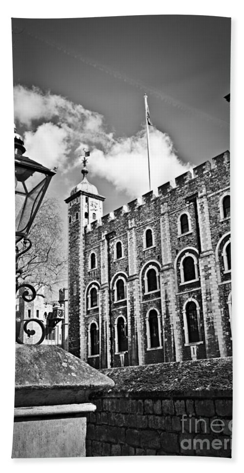 Tower Bath Sheet featuring the photograph Tower Of London by Elena Elisseeva