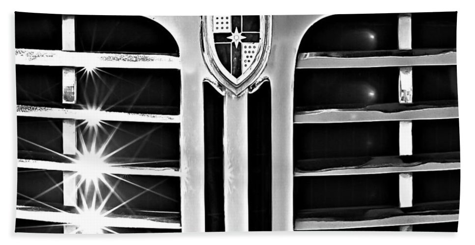 1948 Lincoln Continental Grille Emblem Hand Towel featuring the photograph 1948 Lincoln Continental Grille Emblem by Jill Reger
