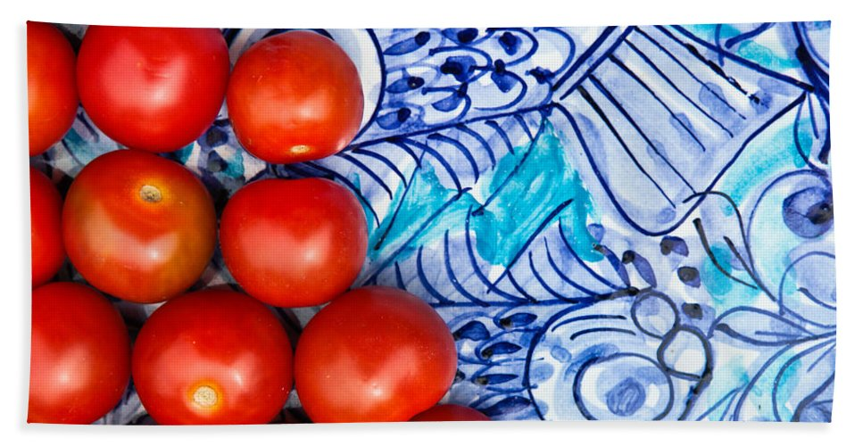 Backgrounds Hand Towel featuring the photograph Cherry Tomatoes by Tom Gowanlock