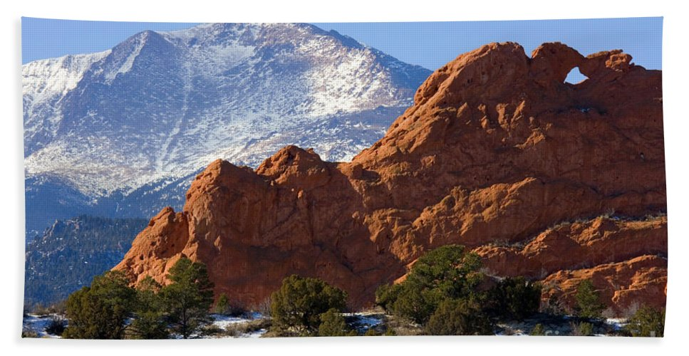 Garden Of The Gods Hand Towel featuring the photograph Garden Of The Gods by Steve Krull