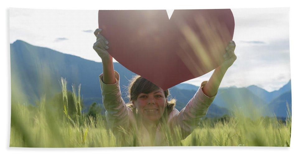 Woman Bath Sheet featuring the photograph Heart by Mats Silvan