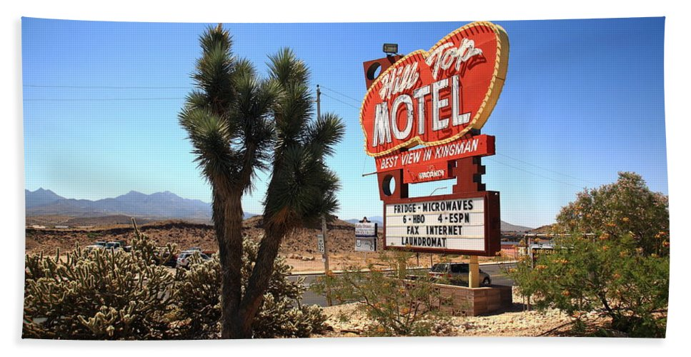 66 Bath Sheet featuring the photograph Route 66 - Hill Top Motel by Frank Romeo