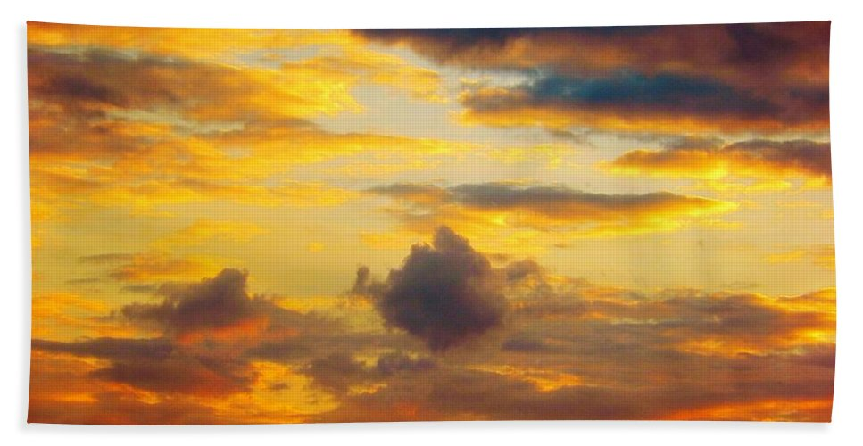 Sunset Sky Bath Sheet featuring the photograph Sunset Sky By Artist Nature by Lilia D