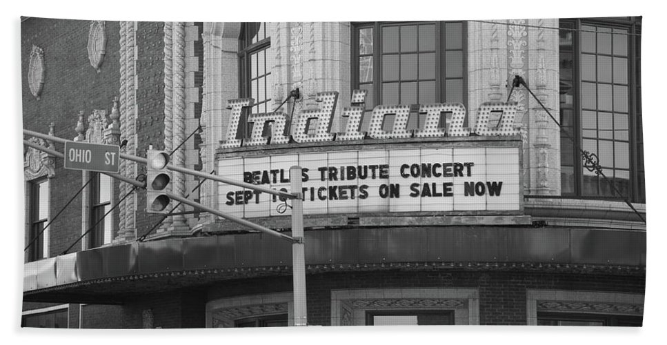 America Bath Sheet featuring the photograph Terre Haute - Indiana Theater by Frank Romeo