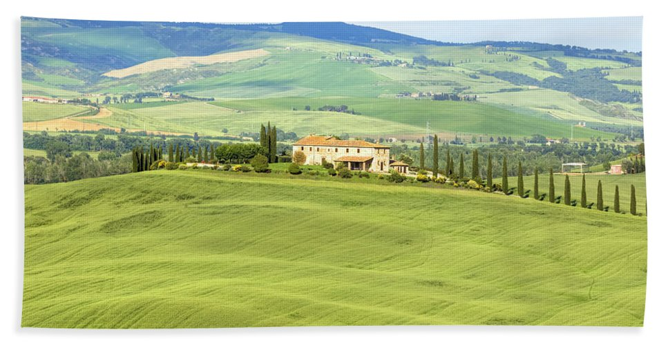 Pienza Bath Sheet featuring the photograph Tuscany - Val D'orcia by Joana Kruse