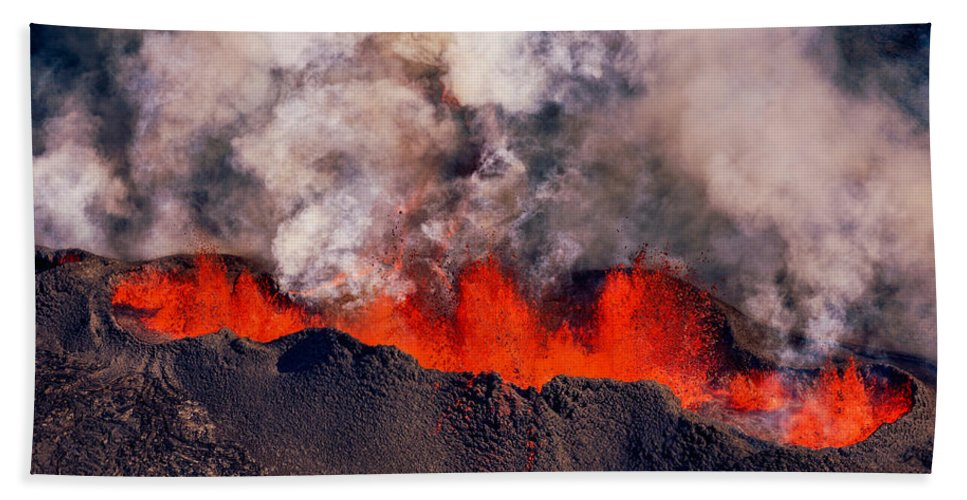 Photography Hand Towel featuring the photograph Volcano Eruption At The Holuhraun by Panoramic Images