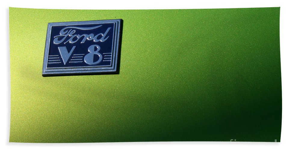 1940 Hand Towel featuring the photograph 40 Ford - V8 Logo-8565-1 by Gary Gingrich Galleries