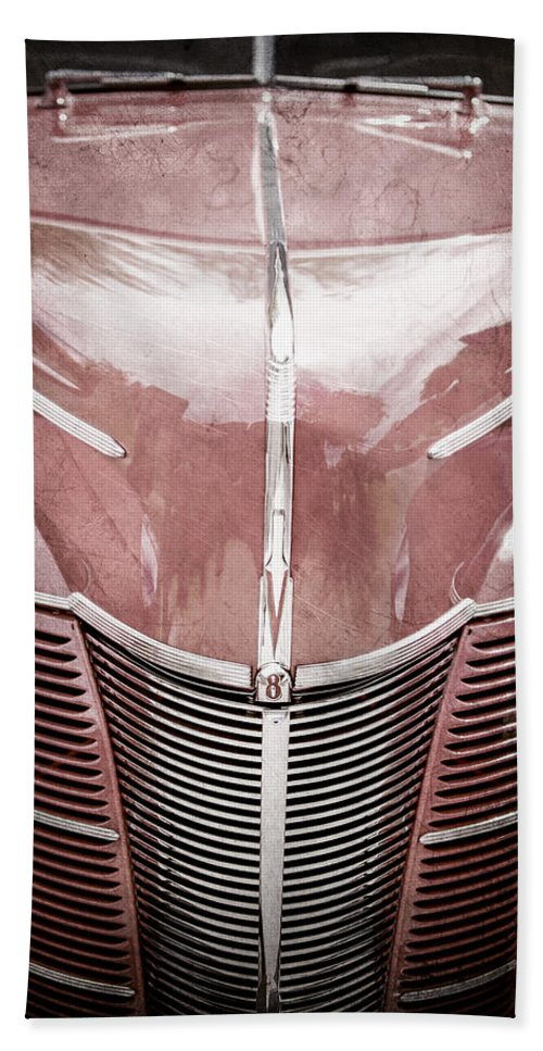 1940 Ford Deluxe Coupe Grille Hand Towel featuring the photograph 1940 Ford Deluxe Coupe Grille by Jill Reger