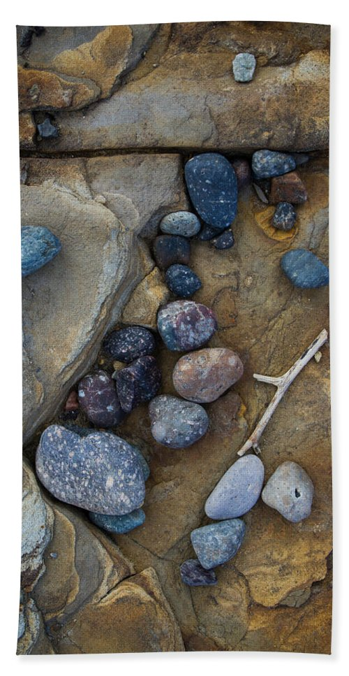 Rock Bath Sheet featuring the photograph Art Rock by Dayne Reast