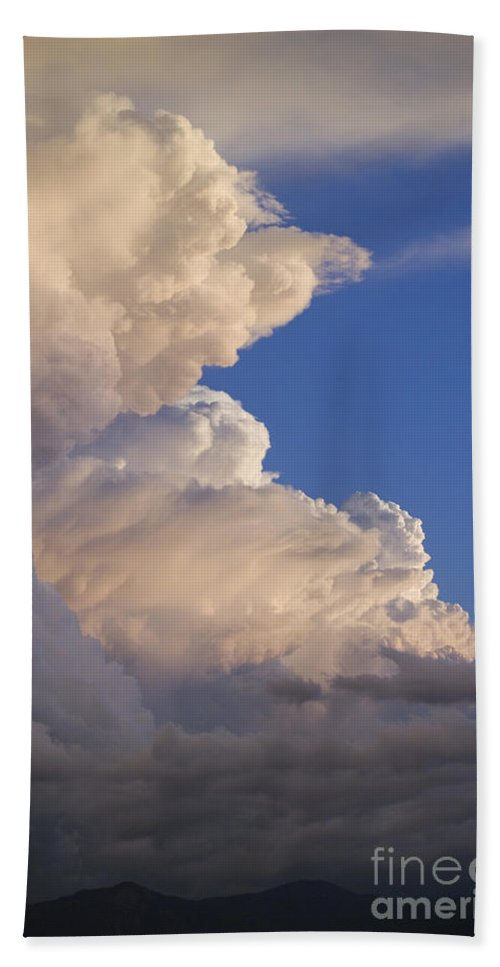 Sky Bath Sheet featuring the photograph Clouds by John Shaw