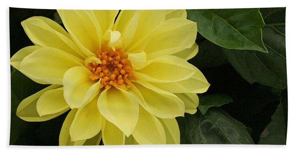 Yellow Dahlia Bath Sheet featuring the painting Yellow Dahlia by Ellen Henneke
