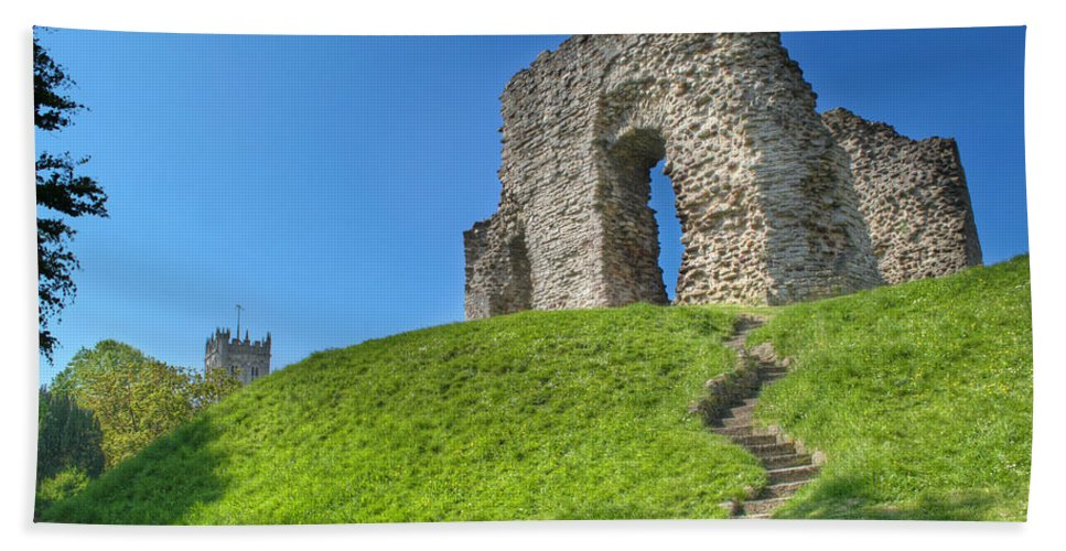 Christcurch Castle Bath Sheet featuring the photograph Christchurch Castle by Chris Day