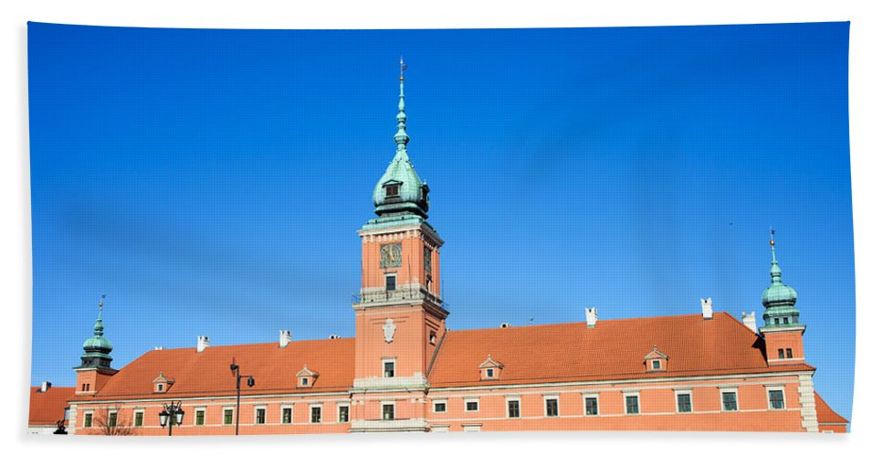 Architecture Hand Towel featuring the photograph Royal Castle In Warsaw by Artur Bogacki