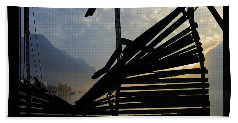 Window Bath Sheet featuring the photograph Sunset by Mats Silvan