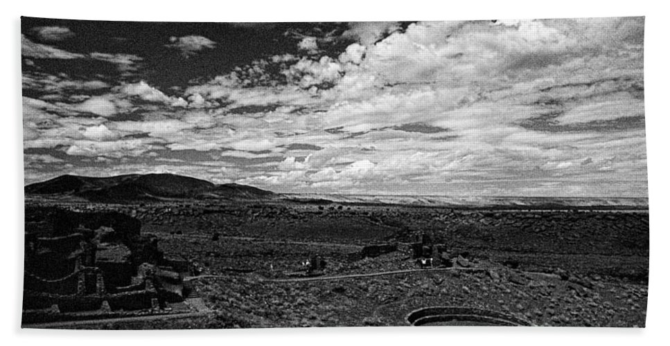 Print Hand Towel featuring the photograph 672 Sl Bw Tuzigoot 3 by Chris Berry