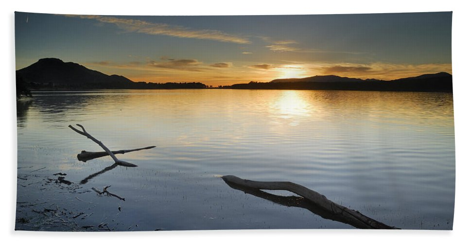 Lake Hand Towel featuring the photograph Calm by Guido Montanes Castillo