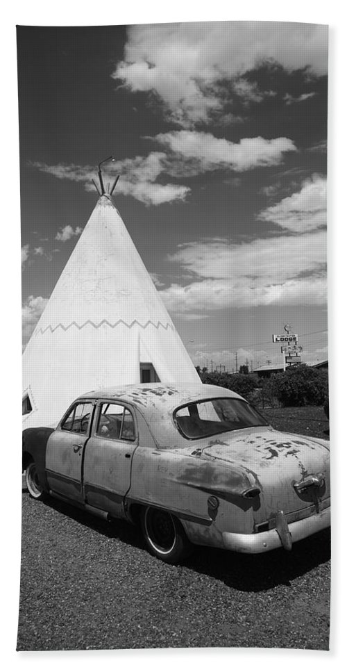 66 Bath Sheet featuring the photograph Route 66 Wigwam Motel And Classic Car by Frank Romeo