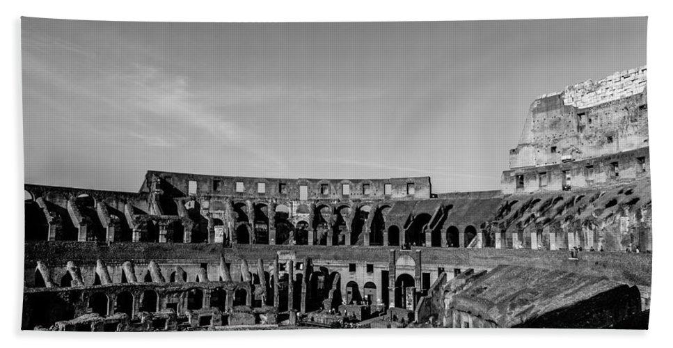 Roman Colosseum Bath Sheet featuring the photograph Colosseum - Rome Italy by Andrea Mazzocchetti