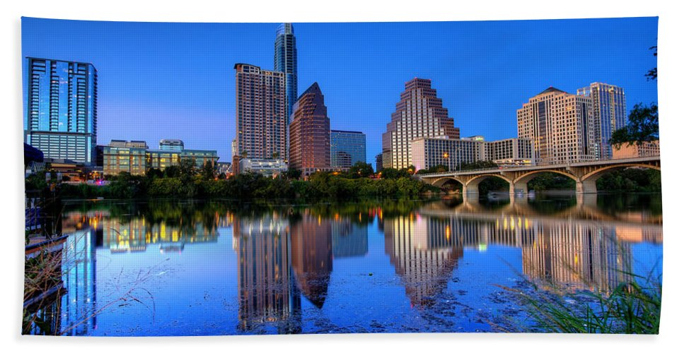 Austin Hand Towel featuring the photograph A Beautiful Austin Evening by Dave Files