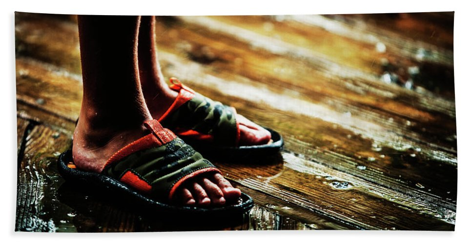 Close-up Bath Sheet featuring the photograph A Boys Wet Feet In Sandals by Ron Koeberer