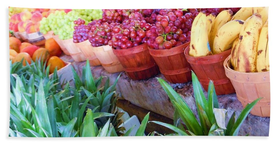 Farmers Market Hand Towel featuring the photograph A Day At The Market #15 by Robert ONeil